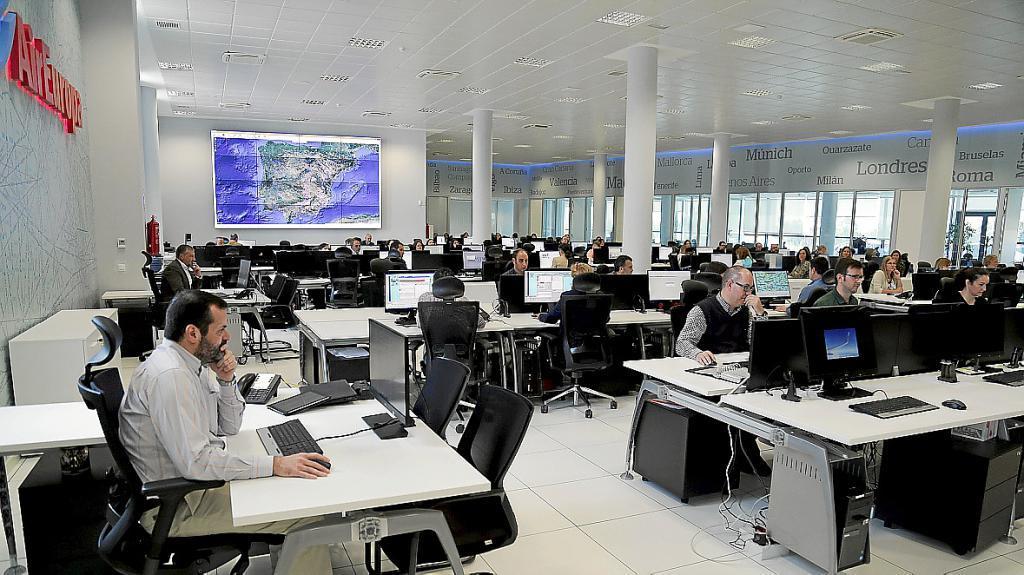Inauguraci n nuevas oficinas air europa en llucmajor for Valencia cf oficinas